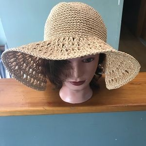 Women's floppy hat.